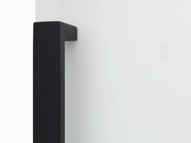 Lockwood Lever & Push/Pull Furniture: Nero Collection