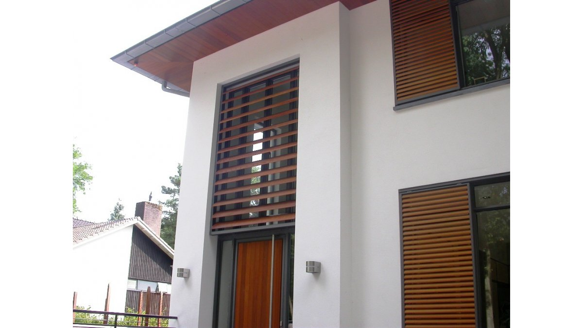 Sun Louvres Powdercoated in Wood Grain Finish