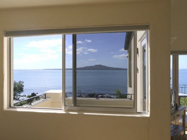 Vantage Residential Slimline Sliding Windows