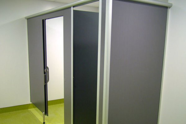Waterproof Cubicle Partition for Washdown Environments
