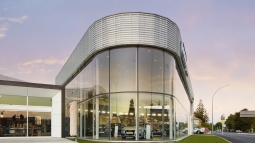 glasshape tempershield curved glass facade 1