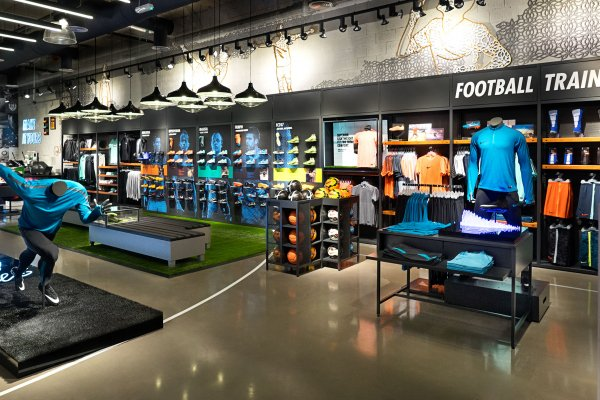 ARDEX PC-T Adds Polish to World's Largest Nike Store