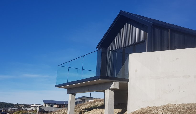 Provista 'Vista' Frameless Channel Balustrade Solution Aims Extra High
