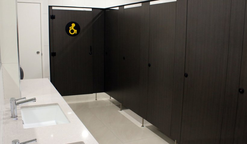 Sturdy Partitions Provide Long-Lasting Solution for Tauranga Airport