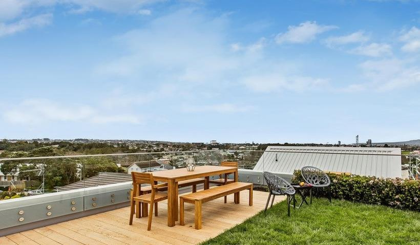 Viking Roof Garden System More Than Meets the Eye
