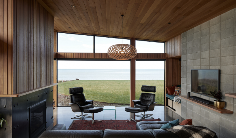 Sea, Sun and Storms: First Windows Complement a Napier Coastal Home